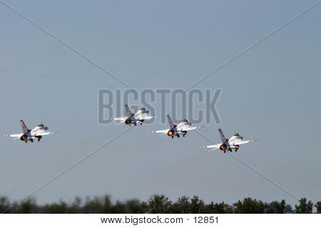 Thunderbird02