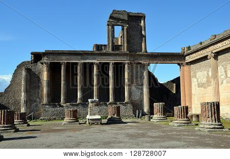 old building architecture in the pompei city excavation italy