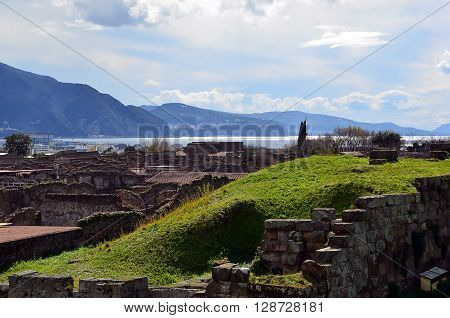 landscape scenic photo from pompei excavation italy to ocean