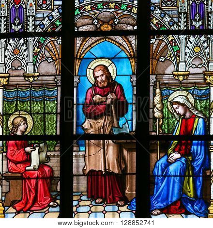Stained Glass - Jesus Studying