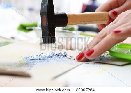 Workshop artistic , painting pigments ceramic pigments.