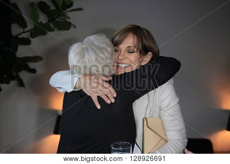 PALM SPRINGS - APR 27: Lorna Luft, Linda Gray at a cultivation event for The Actors Fund at a private residence on April 27, 2016 in Palm Springs, California