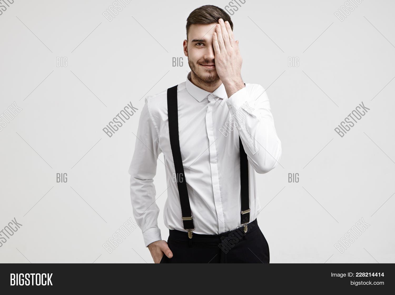 Hands in pocket body language