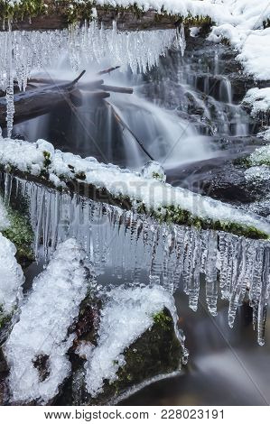 Angel Falls, Winter Time With Snow And Icicles, Washington Usa