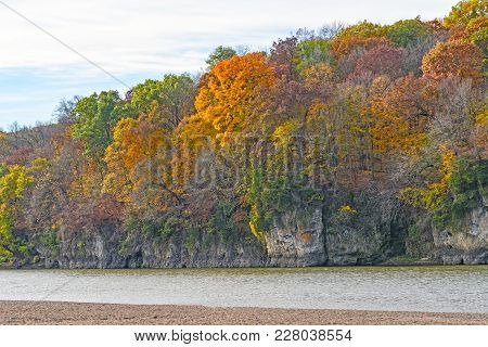 Fall Colors On A Cliff Along A The Cedar River In Palisades-kepler State Park In Iowa