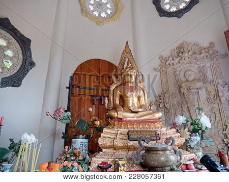 Statue Of The Buddha God, Sacrifice Oblation, Traditional Offerings For Gods In The Buddhist Temple