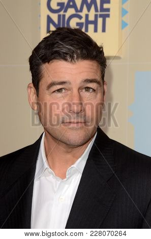 LOS ANGELES - FEB 21:  Kyle Chandler at the