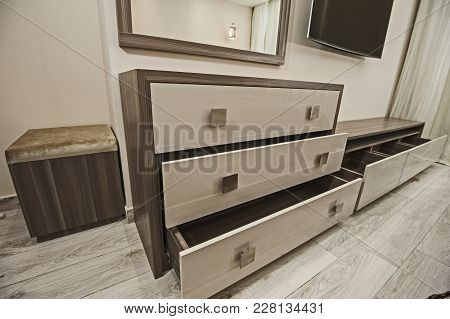 Dressing Table Chest Of Drawers In Apartment Bedroom