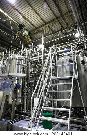 Modern Beer Factory, Brewery Production, Stainless Steel Equipment :pipeline, Machines, Tanks, Vats,