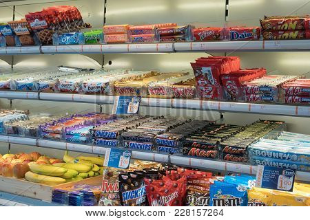Den Bosch, The Netherlands - February 01, 2018: Kiosk With Display Of Drinks And Sweets At Den Bosch