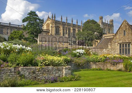 Oxford, Uk - May 15, 2017, Christ Church Cathedral, College And Memorial Gardens, Oxford, Oxfordshir