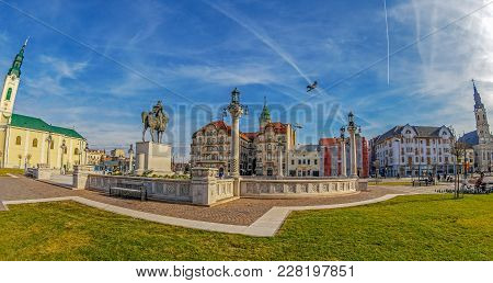 Oradea,romania - January 27,2018:the Union Square With Historical Buildings. Statue Of Michael The B
