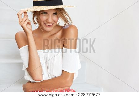 Cropped Shot Of Beautiful Young Happy Woman Wears Stylish Hat, Being Happy As Has Romantic Relations