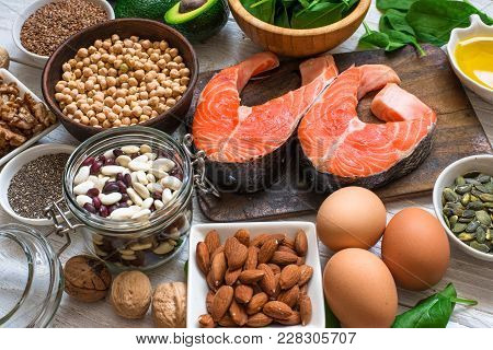 Animal And Vegetable Sources Of Omega 3 Acids As Salmon, Avocado, Linseed, Eggs, Beans, Walnuts, Alm