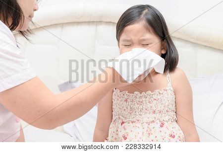 Mother Teach Blowing The Nose By Tissue.