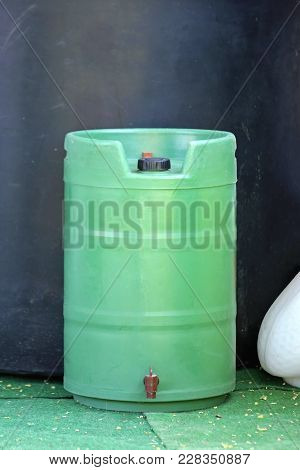 Plastic Green Gardening Barrel With Spigot Object