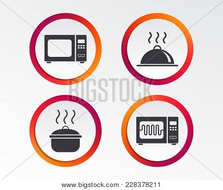 Microwave Grill Oven Icons. Cooking Pan Signs. Food Platter Serving Symbol. Infographic Design Butto
