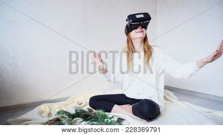 Sweet Women Plunged Into Virtual Reality, Using Virtual Reality Glasses And Visited Virtual Rides Or