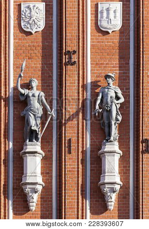 Sculptures On The Front Of The House Of The Blackheads In Riga, Latvia