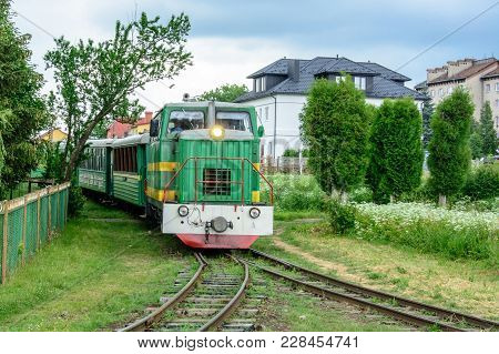 In The Ukrainian Carpathians There Is A Narrow-thrusted Train, Which Arranges A Sightseeing Tour Of