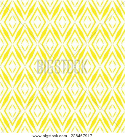 Abstract Geometric Patern With Rhombuses. A Seamless Vector Background. Yellow And White Texture. Gr