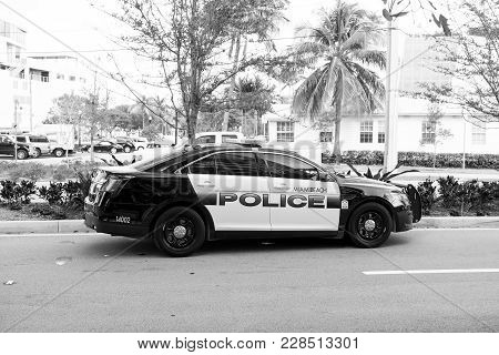 Miami Beach , Florida - December 17, 2015: Police Car With Emergency Vehicle Lighting Standing On Ro