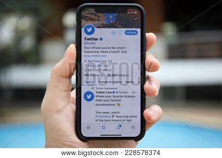 Koh Samui, Thailand - January 22, 2018: Man Hand Holding Iphone X With Social Networking Service Twi