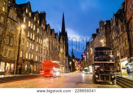 Street View Of The Historic Royal Mile, Edinburgh