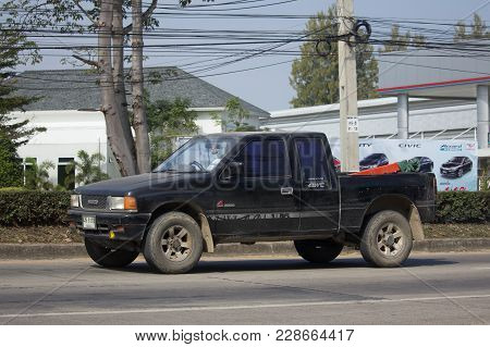 Chiang Mai, Thailand -january 19 2018:  Private Suv Car, Isuzu Rodeo. Photo At Road No.121 About 8 K