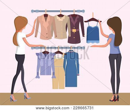 Summer Mode And Women Changing Clothing, Store And Customers, Dress And Jackets, Standing Ladies Vec