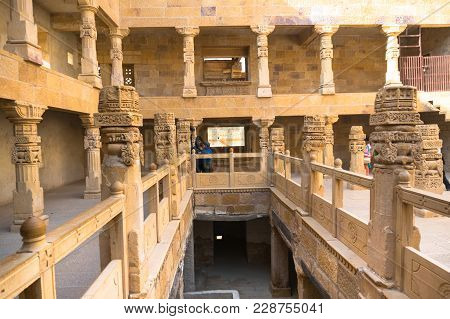 Jaisalmer, India - 28th Dec 2018: People Roaming Around In The Middle Of A Stone Fort With Pillars A