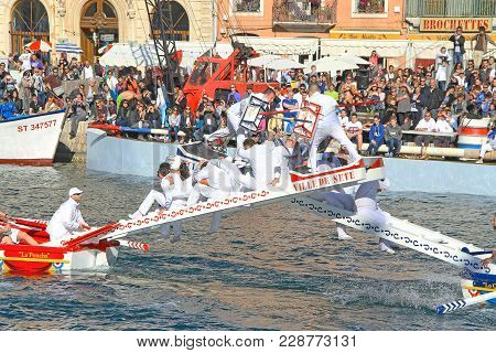 Sete, France - March 26, 2016: Water Jousting Performance During Stopover In Sète - Maritime Traditi
