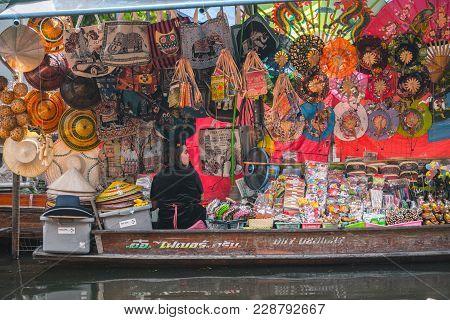 Bangkok Thailand - October 08: Hat Trader Paddle Rowboat In The Former Times Floating Market On Octo