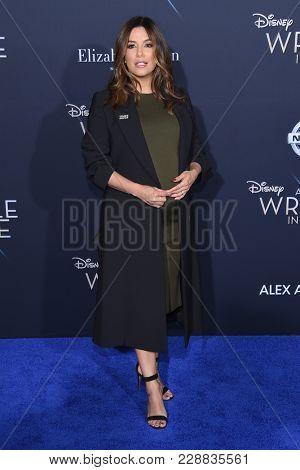 LOS ANGELES - FEB 26:  Eva Longoria arrives for the