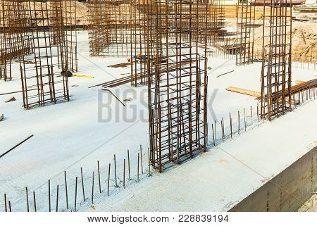 Design Of Reinforcement Cage Of Reinforcement For Concrete Frame House, Brick House, Formwork For Co
