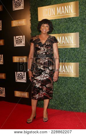 LOS ANGELES - FEB 27:  Cheryl Boone Isaacs at the 6th Annual ICON MANN Pre-Oscar Dinner at Beverly Wilshire Hotel on February 27, 2018 in Beverly Hills, CA