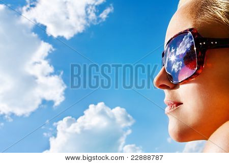 Young Atractive Woman Wacthing The Sky