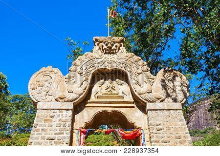 Makara Torana Dragons Arch Is A Main Gate To The Adams Peak Or Sri Pada. Adams Peak Is A Holy Mounta