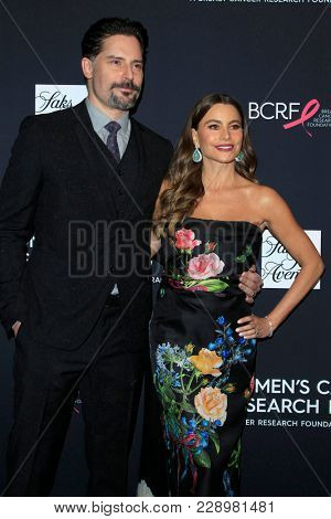 LOS ANGELES - FEB 27:  Joe Manganiello, Sofia Vergara at the An Unforgettable Evening at Beverly Wilshire Hotel on February 27, 2018 in Beverly Hills, CA