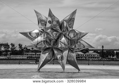 Rio De Janeiro, Brazil - March 24, 2016: The Puffed Star, Sculpture Of Polished Aluminium By Frank S