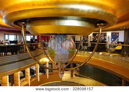 Seattle, Wa/usa-9/13/19: The Curve Lines Of The Ceiling With A Ornamental Globe Giving A Cruise Ship