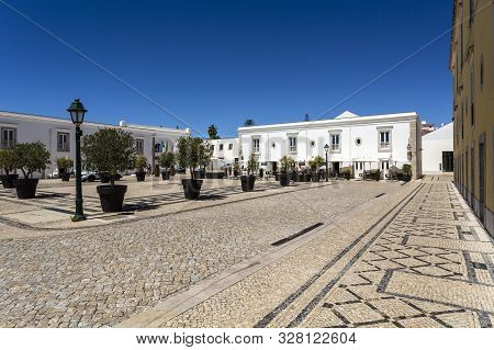 Cascais - August 14, 2019: View Of The Main Square Of The Citadel Of Cascais And The Typical Portugu