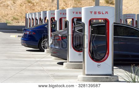 Kettleman City, Ca - Sept 28, 2019: Tesla Super Charging Station In Kettleman City Off The 5 Freeway