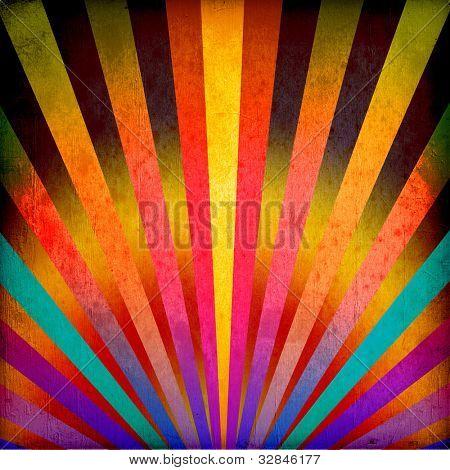 Multicolor fondo grunge de rayos de sol. Un cartel vintage.