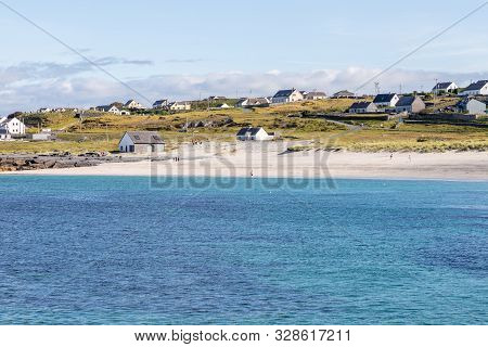 Beach And Village In Inisheer Island