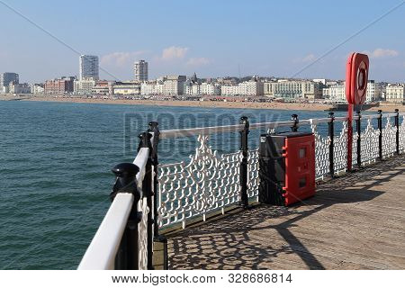 Brighton, Great Britain - September 16, 2014: This Is A Panoramic View Of The Coastline Of The City