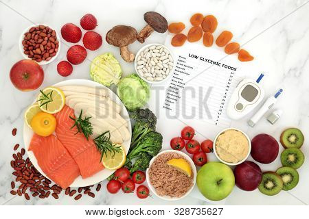 Low glycemic food for diabetics with blood sugar testing equipment & lancing device. Health foods below 55 on the GI index, high in vitamins, minerals, antioxidants, smart carbs & omega 3 fatty acids.