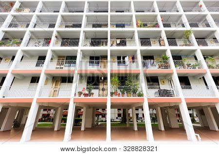 Singapore-14 Jun 2018:singapore High Density Residential Building Hdb Facade Day View