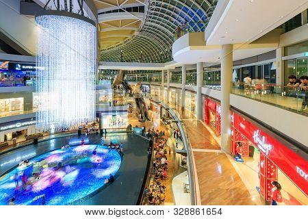 Singapore-30 Apr 2018: Light Marina Bay Sands Shopping Mall Interior View