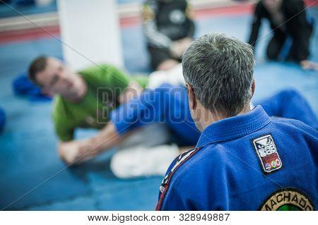 Sensei Avi Nardia Demonstrate Bjj Brazilian Jiu-jitsu Ground Control Technique